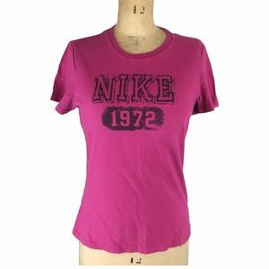 Nike Magenta Graphic T-Shirt